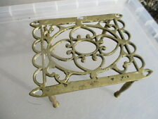 Antique Brass Trivet Cake Iron Planter Stand Holder Vintage Old Ball & Claw
