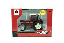 --- Britains 42792 IH International Harvester 956XL 2WD Traktor 1:32 NEU OVP