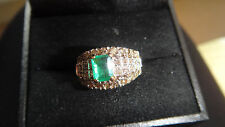 WOW!  STUNNING 18CT EMERALD AND DIAMOND RING WITH VALUATION OF £2,600