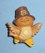 VINTAGE 1981 HALLMARK THANKSGIVING PILGRIM BIRD PIN