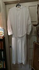 LITURGICAL CLERGY ALB VESTMENT ABBEY BRAND SZ M FRONT ZIPPER SELF-FITTING