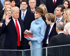PRESIDENT DONALD TRUMP BEING SWORN INTO OFFICE 8X10 PHOTO 2017