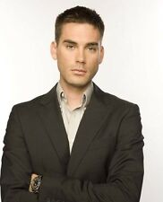 Drew Fuller UNSIGNED photo - E1973 - Charmed, Army Wives & Bachelors