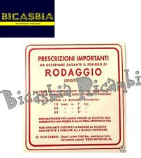0647  TARGHETTA ADESIVO ROSSA RODAGGIO MISCELA 5% 3 MARCE VESPA 50 SPECIAL R L N