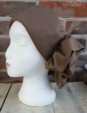 Splendido 1960s Vintage Cappello GOODWOOD Gare Da Matrimonio Ruffle insolito Marrone