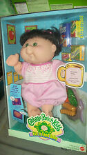 BOXED CABBAGE PATCH KIDS FUN TO FEED BABY in pink