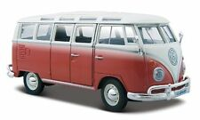 Volkswagen VW T2 Van Samba 1962 Red W/ White Roof 1:25 Model MAISTO