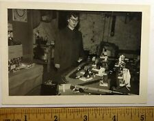 1 TRAIN MODEL SET  IN WOMANS HOME SNAPSHOT 1940s #tr54
