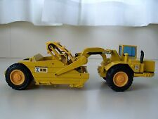 NZG - CATERPILLAR 615 ELEVATING SCRAPER - 1/50 DIECAST
