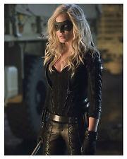 """--ARROW--(CAITY LOTZ) as """"Black Canary""""--Glossy 8x10 Photo"""