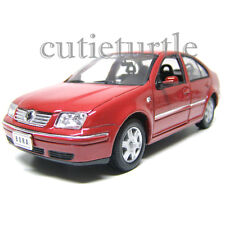 Welly 2001 Volkswagen Bora 1:24 Diecast Model Car 28429 Red