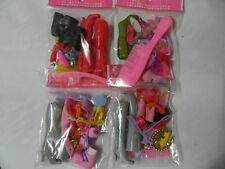 1 sac accessoires pour poupées Barbie (chacun différent et choisi par le vendeur