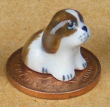 1:12 Dolls House Miniature Small Brown & White Ceramic Ornament Puppy Dog G
