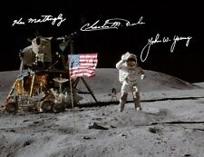 Apollo 16: Ken Mattingly, John Young, Charles Duke, REPRO-AUTOGRAFO, 20x26 cm