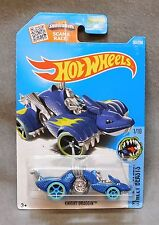 2016 Hot Wheels Car 201/250 Knight Draggin - P Case
