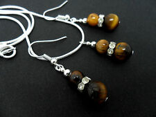 A  TIGERS EYE  BEAD  NECKLACE AND   EARRING SET. NEW.
