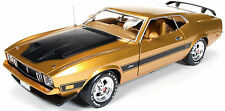 1973 Mustang Fastback GOLD GLOW Metallic 1:18 Auto World 1043