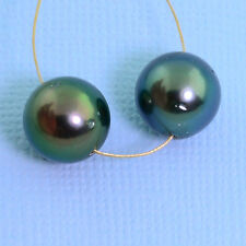 10.7mm Peacock Tahitian South Sea Round Pearl PAIR