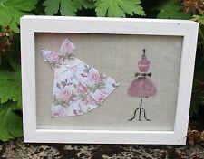 tableau esprit couture cadre bustier et robe idéal chambre enfant artisanal R1