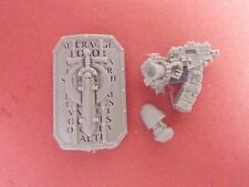 FORGEWORLD Heresy Ultramarines INVICTARUS SUZERAIN BOARDING SHIELD & WEAPON (D)