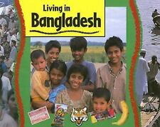 Bangladesh (Living in) by Thomson, Ruth