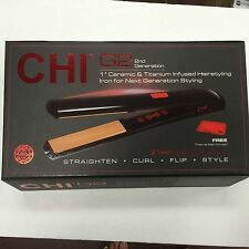 CHI G2 - 2ND GENERATION CERAMIC & TITANIUM FLAT IRON 425°F with FREE THERMAL MAT