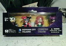 MEZCO Mini Mez-itz Batman Gotham Villians 4 pack - Joker Harley Ivy & Catwoman