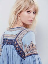 132412 New $128 Free People Snow Kisses Embroidered Cutout Blouse Top XS