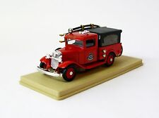 Eligor (France) 1932 Ford Fire Engine Trenton No. 8 Diecast Car 1:43 Scale Used