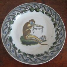 INTERESTING PEARLWARE PLATE WITH MONKEY EARLY 19TH CENTURY