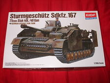 ACADEMY HOBBY MODEL KIT NO:13235-STURMGESCHUTZ SDKFZ.167