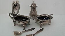 Salz und Pfeffer - Gewürzschalen mit blauen Glas - Silber geprüft
