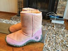Merrell Pink Suede Insulated Casual / Winter Boots Womens Size 7