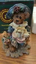 Grace and Jonathan Born to Shop Boyds Bears and Friends Figurine 22836