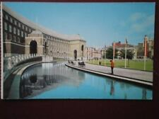 POSTCARD BRISTOL MUNICIPAL BUILDING & COLLEGE GREEN