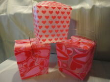 3) Valentine Take Away Style Pink Hearts Frosted Plastic Container Handle Unused