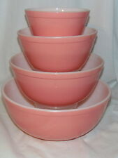 Pyrex PINK *4 PC ROUND MIXING BOWL SET*