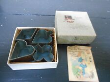VINTAGE SMALL COOKIE CUTTERS IN BOX- PLAYING CARD SUIT-DIAMOND,HEART, SPADE,CLUB