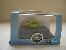 Oxford NMN005 MN005 N Gauge 1/148 Austin Morris Mini Lime Green Black Mr Bean