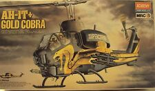 Academy 1/35 Bell AH-1T Super Cobra US Marines Attack Helicopter Kit #2198 Nice