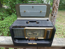 Zenith Trans-Oceanic Wavemagnet Ham Shortwave Radio H500 or R-520 ???