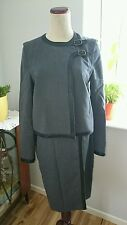 JAEGER gray wool skirt suit size 8