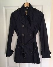 Burberry LIGHTWEIGHT TRENCH COAT, size 8