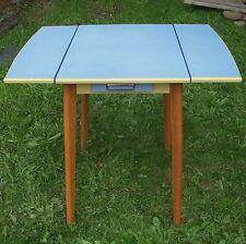 Retro/Vintage Cocina de madera Mesa de hoja caída Azul Formica cajón superior 50s