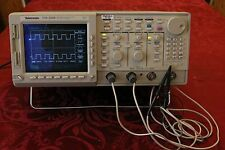 TDS520B Tektronix Digital 500 MHz, 2-Channel Scope Working Oscilloscope