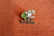 08777 PINS PIN'S CONFORAMA GROUPE CHAILLIER PERE NOEL SANTA KLAUS