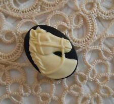 ~Vintage Cameo~Horse Button~Molded Resin~25x18mm~Cream over Black~ ^..^  Rescue