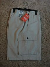 Dockers Pacific Men's Cargo Shorts Classic Fit Beige Size 44 NWT