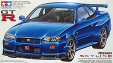 Tamiya 24210 1/24 Scale Model Sport Car Kit Nissan Skyline GT-R R34 V-Spec BNR34