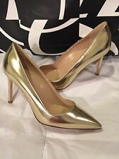 Manolo Blahnik BB 90 Gold Metallic Leather Point Toe Pump Size 36 US 6 $695